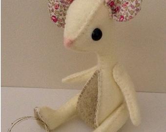 Felt toy mouse, Handmade mouse, Hand sewn mouse, Textile animal, Soft toy mouse, Bespoke mouse, Felt mouse, Felt animal, Collectible mouse.