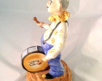 Vintage Clown, JT Club Porcelain Clown Drummer Figurine, Music Box, Send in the Clowns