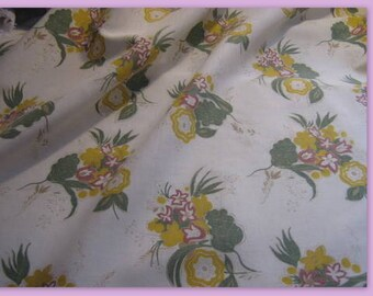 PRETTY vintage floral, soft tones fabric