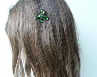 4 leaf clover hair pin Green leaf hair accessory Bride Leaf headpiece Good luck gift hair pin Prom hair piece Lucky clover bobby pin Floral