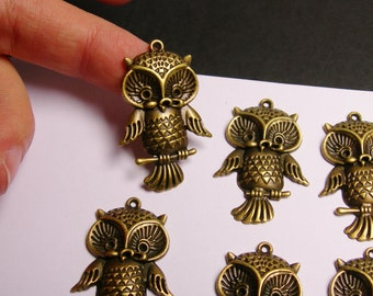 Owl charms - 6 pcs - brass color -  Hypoallergenic - Baz 4