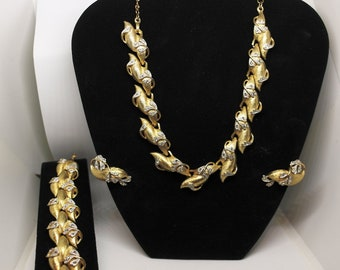 Vintage Costume Jewelry Necklace, Bracelet, Earrings Gold Tone Metal