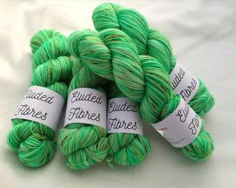 merino wool nylon hand dyed sock yarn 100g / 425m / Eluded Fibres / MONKEY