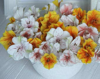 alstroemeria centerpiece, room flower decore, cold porcelain, flower arrangement, housewarming gift, artificial flowers, alstroemeria