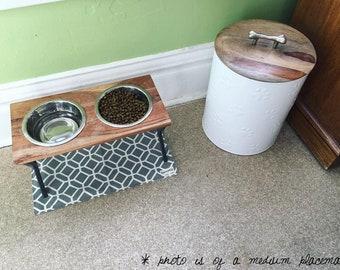 Medium Water-Resistant Pet Placemat