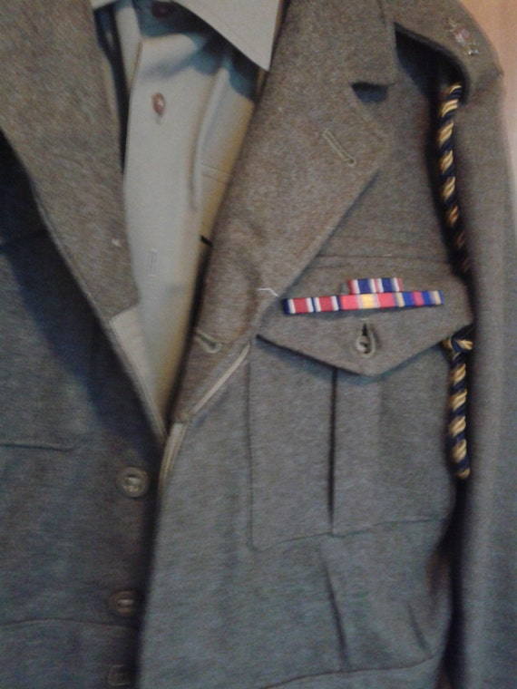 British Army Battledress - circa 1940's - Gret for Re-enactment or Fancy Dress. p5SPU7