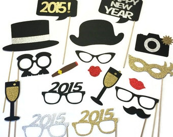 2018 New Years Eve Photo Booth Props -18 Piece New Years Party Props - GLITTER photo props