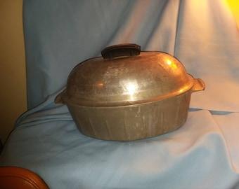 Vintage Household Institute roaster, vintage cookware, Household Institute aluminum roaster.