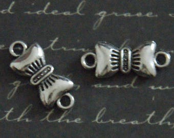 lot 10 13x19mm silver bowtie connectors
