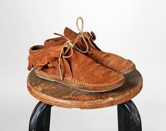 Vintage en cuir marron Minnetonka chaussons - bottes botte Tan attache lacets arc Suede chaussure mocassin plat appartements frange - taille 5 1/2