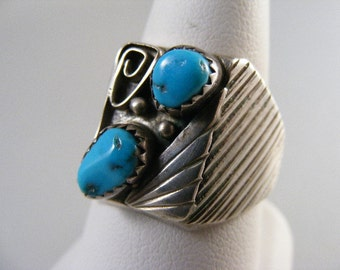 Large Vintage Native American Mens Turquoise and Branch Coral  Ring in Sterling Silver .....  Lot 4695