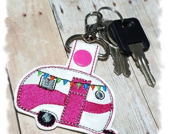 Camper Key Fob, Caravan Keychain, Camper Key Holder, Vintage Trailer, Retro Camper, Gifts for Campers