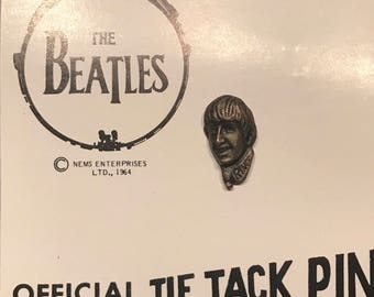 Beatles tie tack pin button Ringo Starr 1964 Nems seltaeb