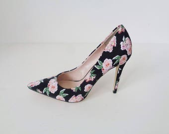 Gorgeous FLORAL Print GROSGRAIN Classic Heels! 8 to 8.5