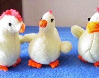 Yellow Fleece Chicken Ornamental Toys Decorative Basket Fillers Plush Toys Ornaments Nursery Mobile Components Kids Bedroom Decorations.