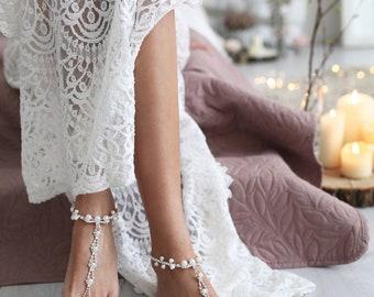 Barefoot Sandals Wedding, Beach Wedding, Pearl Anklet, Pearl Foot Jewelry, Destination Wedding, Anklet, Wedding Shoes, Foot Jewelry /IDELLA/