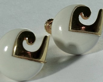 Pierre Cardin Lucite Clip ons Modernist