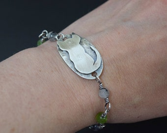 Sterling Silver Cat Bracelet with Wirewrapped Stone Chain and Toggle Clasp Gray and Green