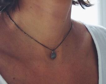 Dainty brass necklace, brass choker, brass coin necklace, disc pendant necklace, disc necklace, brass chain necklace, minimalist necklace