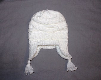 White Baby Hat, Size newborn, Baby Knit Hat, Soft Wool Yarn