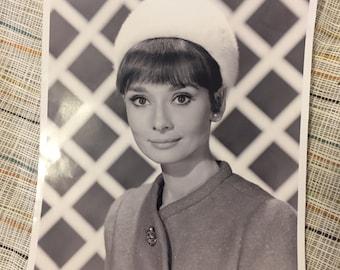"""8"""" x 10"""" glossy Audrey Hepburn Breakfast at Tiffany's headshot"""