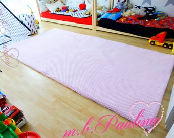 XXL play blanket with cuddly Minky, with medium filling density