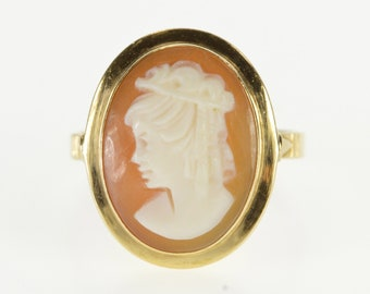 18K Carved Oval Bezel Set Shell Cameo Statement Ring Size 6.75 Yellow Gold
