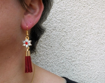 Earrings with Rhinestones and Red tassels;