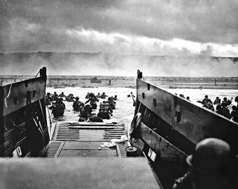 WWII Photo - D-day Normandy - Vintage Black & White Print Picture 8x10