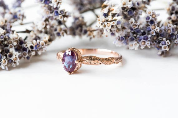 Oval alexandrite gold feather engagement ring, vintage style engagement ring, oval alexandrite ring, feather engagement ring, nature ring