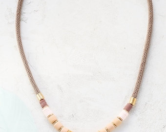 Nadya collier, collier, collier de perles, collier, collier Bohème, collier Bohème, collier de Signature