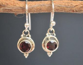 Garnet earrings * Wine red earrings * Sterling silver earrings * Gemstone earrings * Dangled earrings * Burgundy * Lightweight * BJE009