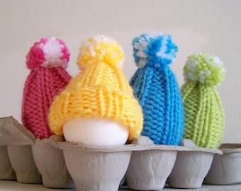 Egg Cozy Knitting Pattern, Knitting Patterns, Amigurumi Pattern, Beginner Knitting Patterns, Easter Egg Hat, Egg Warmer, Pom Pom Hat Pattern
