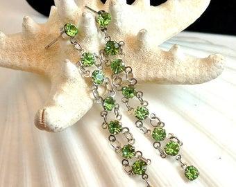 Green Rhinestone Gold Tone Earrings Vintage Green Dangle Earrings Green Gem Earrings Costume Jewelry