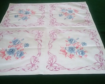 VINTAGE Table top, cover, cabbage roses with ribbon floral border