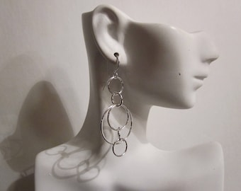 Bella's Stylish Loop Earrings