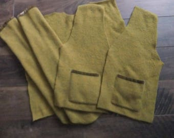 Felted Lambswool Nylon Blend Sweater Remnants Wool Green Fabric Material Recycled Upcycle Sewing Crafts