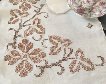 Vintage Eggshell White Cross Stitch Runner