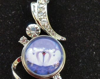Swans in Love Pendant and 20mm snap button