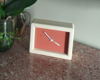 brick red rectangular clock