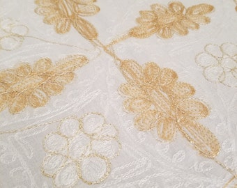Tablecloth 120 X 60 inches, and 10 napkins, Aghabani Tablecloth, Embroidered Beige tablecloth, Syrian textiles, Beige and gold tablecloth