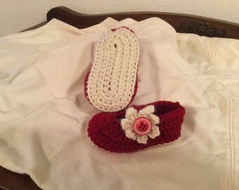 Crochet Baby Mary Janes Shoes with Flower and Button