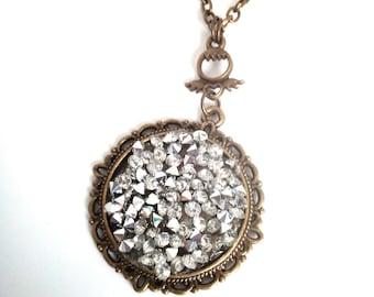 Necklace/pendant /sautoir rhinestones