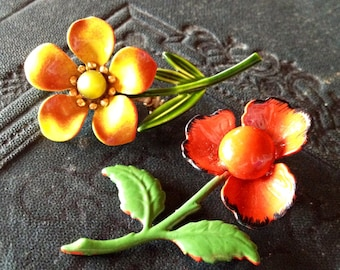 VINTAGE FLOWER BROOCHES Vibrant Enamel Blooms