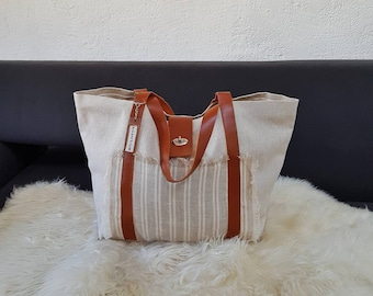 Tote bag in Ecru linen with gray /anses stripes in Tan Leather