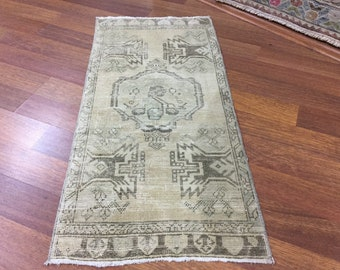 3 ft 4 in x 1 ft 6 in ( 104 x 50 cm ) Free shipping turkish vintage rug anatolian rug pastel rug old rug small rug