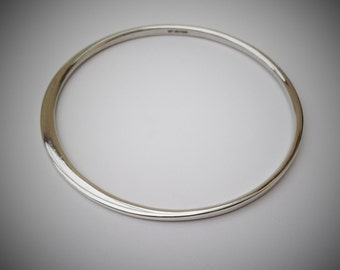 Transitions: Sterling Silver Bangle. Handmade in UK