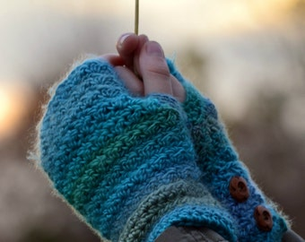 Chloe Fingerless Gloves Crochet Pattern
