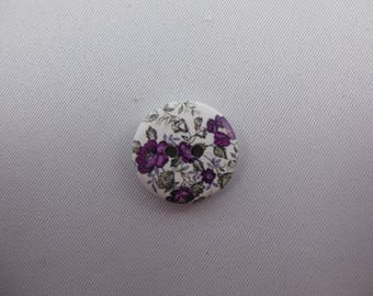 Wood button printed little flowers