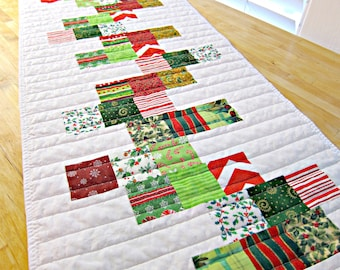 Christmas Table Runner, Modern Table Runner, Quilted Table Runner, Quilted Table Topper, White Table Runner, Christmas Table Topper